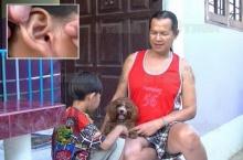 อึ๊ง!! ดช.เล่นกับสุนัข บ่นคันหู-คุณตาส่องดูถึงผงะ!!!