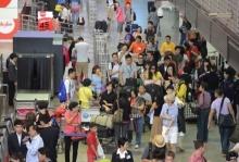 จีนตำหนินักท่องเที่ยวของตน กรณีประท้วงและส่งเสียงดังที่สนามบินดอนเมือง