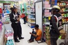 รวบชายลักเล็กขโมยน้อยร้านสะดวกซื้อ อ้างตกงาน พบหลักฐานทำบ่อยครั้ง