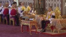 สมเด็จพระเจ้าอยู่หัว เสด็จฯ พร้อมพระบรมวงศานุวงศ์ ในการพระราชกุศลออกพระเมรุ