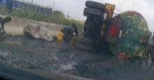 สุดสลด!!! รถขนน้ำมันคว่ำ ชาวบ้านแห่ดูดน้ำมันสุดท้าย ตาย 176 ศพ!!!