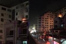 ไฟไหม้กลางกรุง! เจ้าหน้าที่รุดดับเพลิงไฟไหม้อาคารในซอยเสือใหญ่