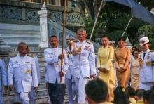 ทหาร3 เหล่าทัพ พร้อมใจ ยิงสลุต เฉลิมพระเกียรติสมเด็จพระเจ้าอยู่หัวฯ(คลิป)