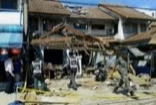 ชาวบ้านผวา!! เจอศพในบ้านระเบิด ส่งกลิ่นเหม็น!!
