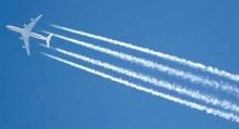 """สดร. แจงเมฆสีขาวเป็นทางยาวเหนือฟ้า คือ """"เมฆหางเครื่องบิน"""""""