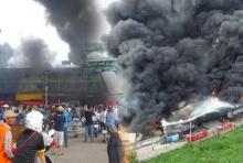 ล่าสุด!!คืบหน้าไฟไหม้ตลาดไทปทุมธานีเสียหนักกว่า50ล.