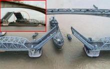 นาทีระทึก!! เรือหลวงสุรินทร์ ลอดสะพานไม่พ้น! เสากระโดงเรือเกี่ยวราวสะพาน (มีคลิป)