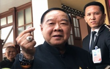 บิ๊กป้อม โทษสื่อไทยเป็นเหตุ ปมนาฬิกาหรู ไม่มีอะไรกระทบภาพลักษณ์รัฐบาลหรอก