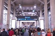 ผบ.ตร. คาดโทษ ตม. หากผู้โดยสารรอคิวยาวล้นสนามบิน