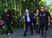 คนไทยบุก เพจสถานฑูต ปล่อย แม้ว พูดให้ร้ายไทยในฟินแลนด์!!!