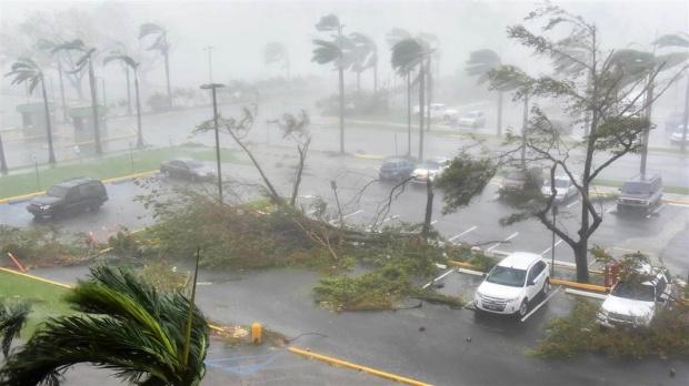 เขื่อนแตกพร้อมพายุเข้าเปอร์โตริโก-อพยพปชช.หนักสุดรอบ10ปี