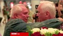 สุดซึ้ง!! ฝาแฝดไม่เจอกัน 70 ปี เมื่อได้เจอกันครั้งแรกจะรู้สึกอย่างไร