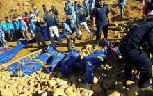 สลด!!ดินถล่มพม่า เจอแล้ว100ศพ ยังหายอีก 100คน!!