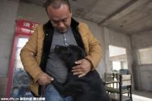 เศรษฐีชาวจีน!! ทุ่มเงินซื้อชีวิตเจ้าตูบจากโรงงานชำแหละ..แล้วเปิดศูนย์ให้สุนัขจรจัด