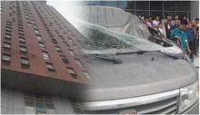 หนุ่มโดดตึกชั้น20 ตกกระแทกรถ แต่คนในรถตาย ตัวเองรอด