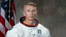 มนุษย์คนสุดท้ายที่เดินบนดวงจันทร์เสียชีวิตเเล้ว !!