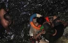 แม่น้ำเน่าช่วยชีวิตชายจีน เหตุคิดฆ่าตัวตายเพราะพิษศก.