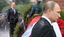 สุดยอดความแข็งแกร่ง! ปูติน ฝ่าสายฝนวางพวงหรีดรำลึกทหารโซเวียตจนเปียกโชก (คลิป)