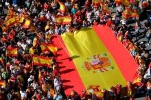 สเปน ระดมมวลชนกล่อมกาตาลุญญา ยุติการแยกตัว