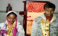 หนุ่มอินเดียวัย 15 ไม่อยากแต่งแม่ม่าย เคยเป็นเมียพี่ ถูกครอบครัวบังคับเลยผูกคอตาย!! (มีคลิป)