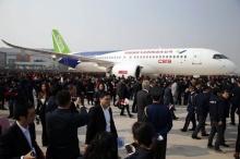 สุดยอด!! พี่จีนสร้างเครื่องบินโดยสารลำแรกสำเร็จ..ทดลองบินปีหน้า