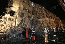แผ่นดินไหวไต้หวัน ขนาด 6.4 ตึกถล่มเพียบ -จนท.เร่งช่วยเหลือ