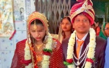 คุณหมอเดินทางมาพันกิโลฯ เพื่อจะแต่งเมีย พอสาวเห็นศีรษะเริ่มล้าน ปฏิเสธเฉย!! (มีคลิป)