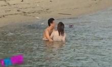 ชาวเน็ตวิจารณ์ยับ!! คู่รักมีเซ็กส์บนเกาะ ริมชายหาด ไม่แคร์สายตานักท่องเที่ยวคนอื่น