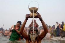 แบ่งปันสิริมงคล!อินเดียแพ็ค น้ำคงคา ใส่ขวดขาย!!