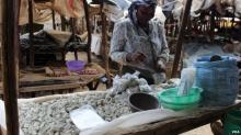 แปลกแต่จริง 'ก้อนกรวด' อาหารที่ผู้หญิงชาวเคนยาเรียกร้องอยากกินยามแพ้ท้อง