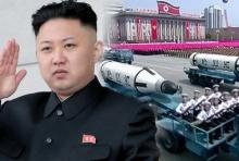 """โสมแดงอวดโลก!!โชว์ขีปนาวุธฉลอง 105 ปี """"คิม อิล-ซุง""""(คลิป)"""