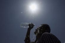 อินเดียร้อนจัด เสียชีวิตเพิ่มอีกกว่า 300 คน