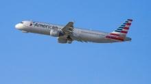 สหรัฐส่งเครื่องบินรบประกบเครื่องโดยสารหลังผู้โดยสารจะบุกห้องนักบิน