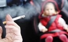 ยัดบุหรี่ใส่ปากให้ลูกน้อยดูด!!! แม่เด็กจิตป่วย บอกขำๆ แค่ครั้งเดียว..