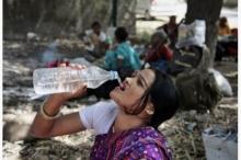 """""""คลื่นความร้อน"""" ทำพิษ คร่าชีวิตปชช.ในอินเดียไปแล้วอย่างน้อย 230 ราย"""