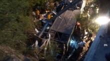 สลด!! รถโดยสารตกแม่น้ำ เสียชีวิตเกือบทั้งคัน