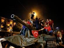 ตุรกีประกาศจะขุดรากถอนโคนกลุ่มก่อการร้าย เดินหน้ากวาดล้างฝ่ายตรงข้าม