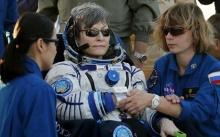 กลับถึงโลกแล้ว!! นักบินอวกาศหญิงอายุมากที่สุดในโลก!!