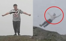 ช็อก!!! สาวโดดภูเขาง้อไบ๊ฆ่าตัวตาย ต่อหน้าต่อตานักท่องเที่ยวที่ช่วยเกลี้ยกล่อม (มีคลิป)