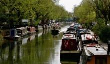 ชาวลอนดอนสู้ราคาบ้านไม่ไหว หันไปอยู่บนเรือแทน