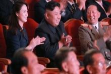 """""""คิม จองอึน"""" พร้อมภรรยา เผยโฉมครั้งแรก!! ฉลองใหญ่ทดสอบนิวเคลียร์ฉลุย (คลิป)"""