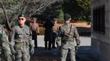 ทหารเกาหลีเหนือแปรพักตร์หนีเอาชีวิตรอดอีกราย เกาหลีใต้ยิงสกัดช่วย